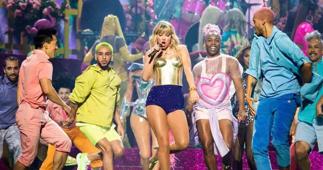 Taylor Swift performing at the VMAs