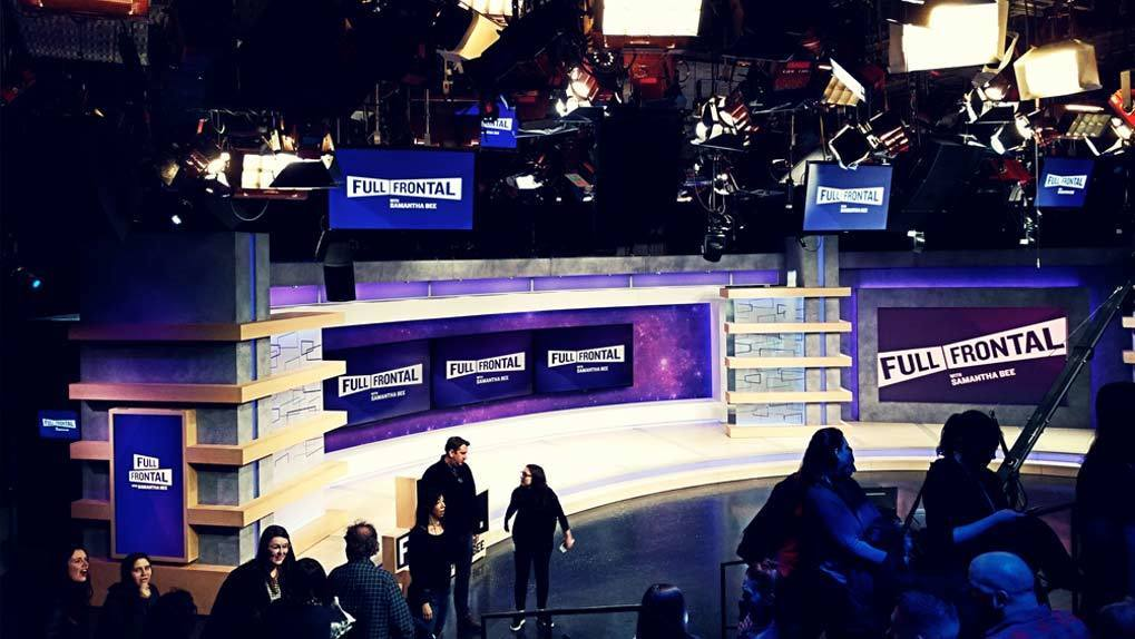 Full Frontal TV set
